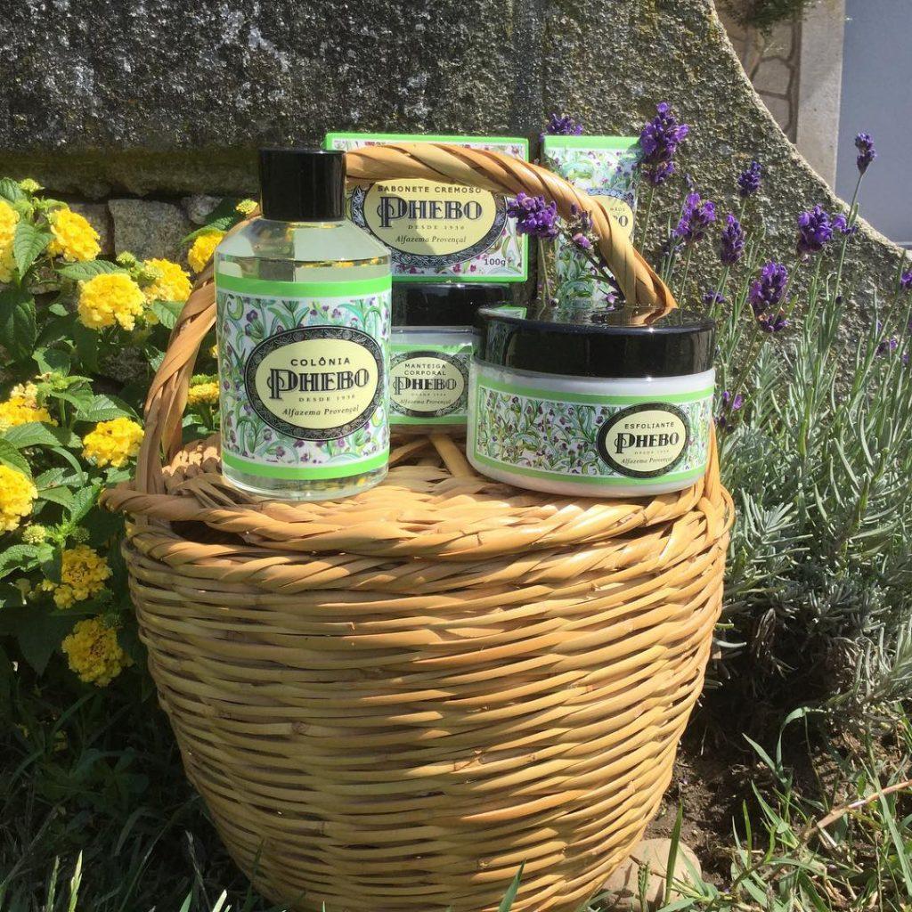 Reserve o seu fim de semana para relaxar com um banho de Alfazema Provençal da Phebo #phebo #alfazemaprovençal #spa #weekend #relax #farmacialusitana #viladoconde
